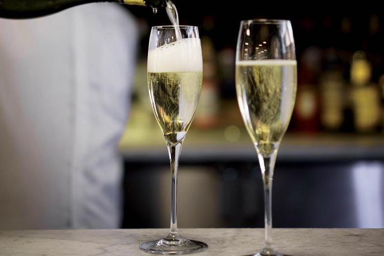 Anno difficile per il vino, serve sostegno alla competitività